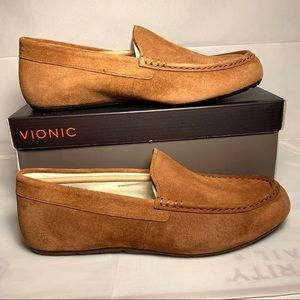 VIONIC Tompkin Loafer Brown Suede Leather Slippers